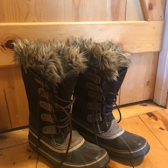 Sorel Shoes - Women's Sorel Joan of Arctic Size 9